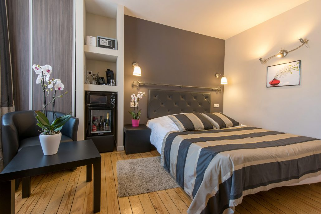 Villa louvre lens hebergements et chambres lens mieux qu 39 un hotel une chambre d 39 hote - Chambre d hotel a l heure ...